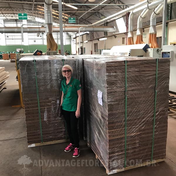 FSC Hardwood lumber Deck Tiles Wholesale